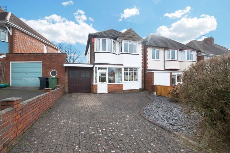 3 bed house for sale in King Charles Road 1
