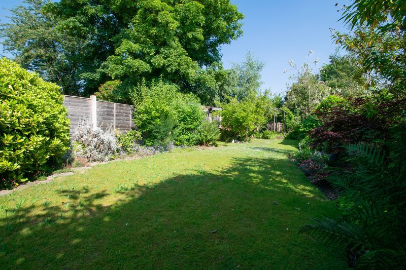 3 bed house for sale in King Charles Road 13
