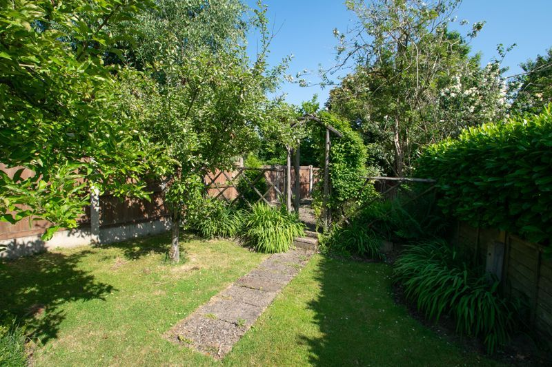 3 bed house for sale in King Charles Road 14