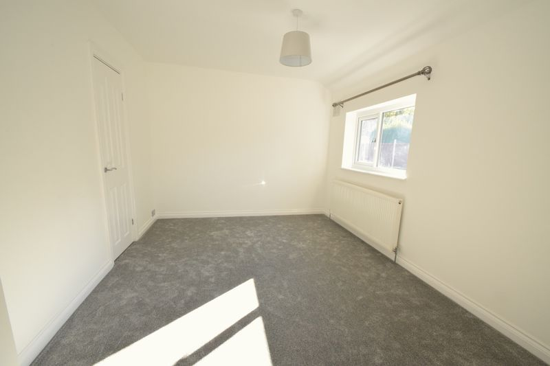 3 bed house to rent in Pine Tree Close  - Property Image 14