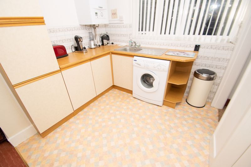 3 bed house for sale in Sunbury Road 3