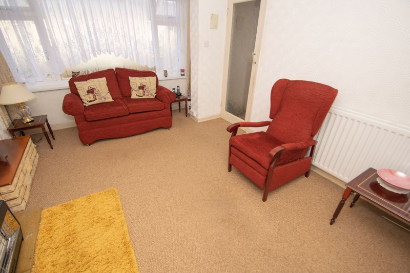 3 bed house for sale in Sunbury Road 5