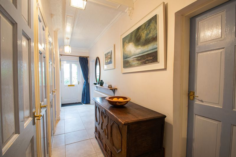 2 bed flat for sale in Bridgnorth Road  - Property Image 14