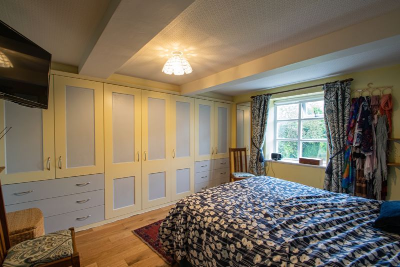 2 bed flat for sale in Bridgnorth Road  - Property Image 18