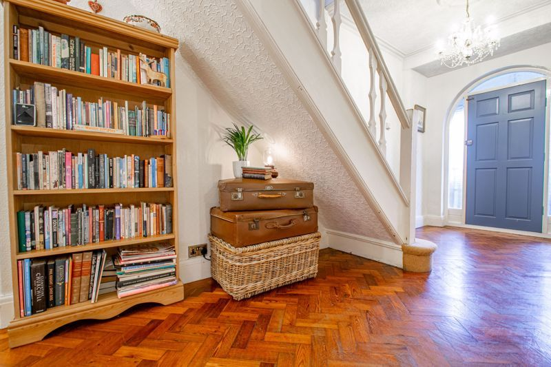 4 bed house for sale in Birmingham Road  - Property Image 4