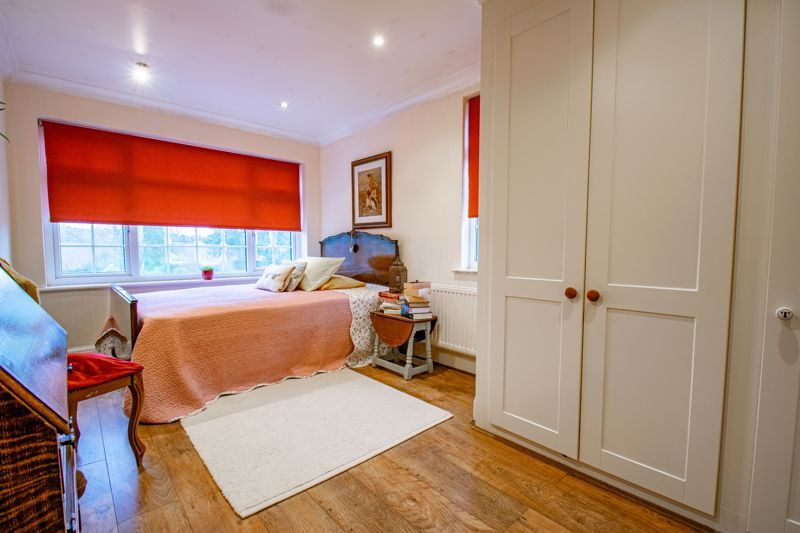 4 bed house for sale in Birmingham Road 9