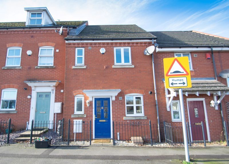 2 bed house for sale in Roundhills Road 1