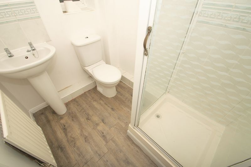 2 bed house for sale in Roundhills Road  - Property Image 8