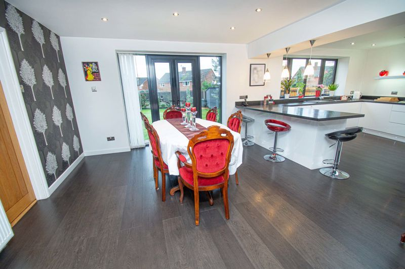 3 bed house for sale in Newfield Crescent  - Property Image 8
