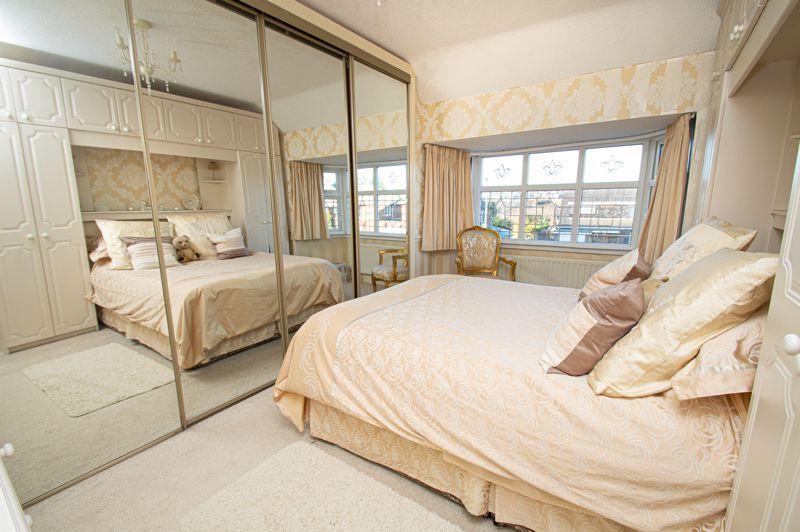 3 bed house for sale in Longmoor Road 8