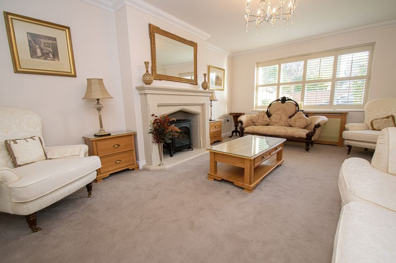 5 bed house for sale in Hagley Road  - Property Image 2