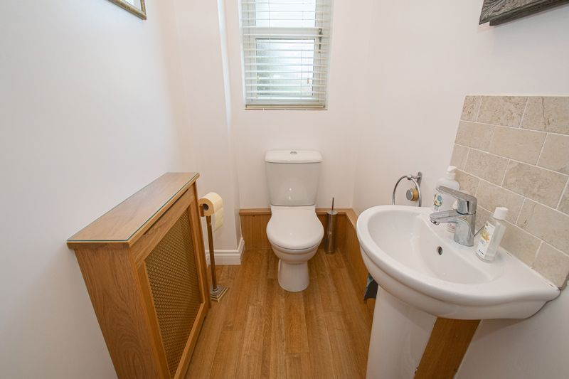 5 bed house for sale in Hagley Road  - Property Image 5