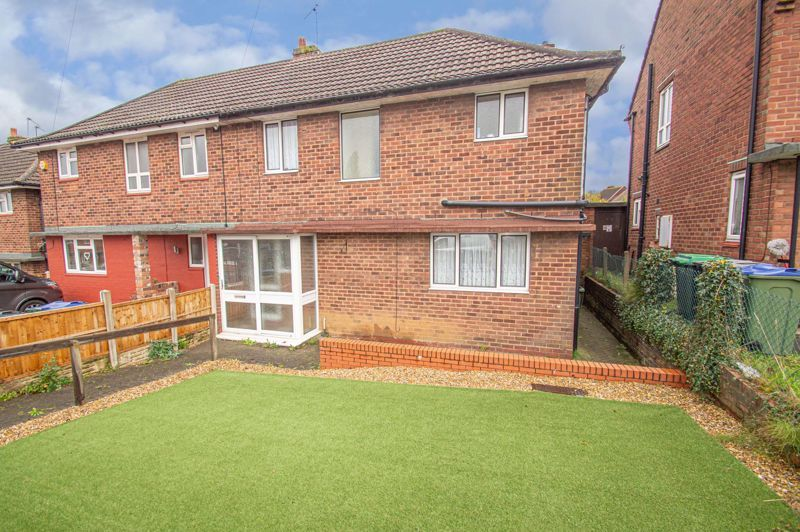 3 bed house for sale in Hanover Road  - Property Image 1