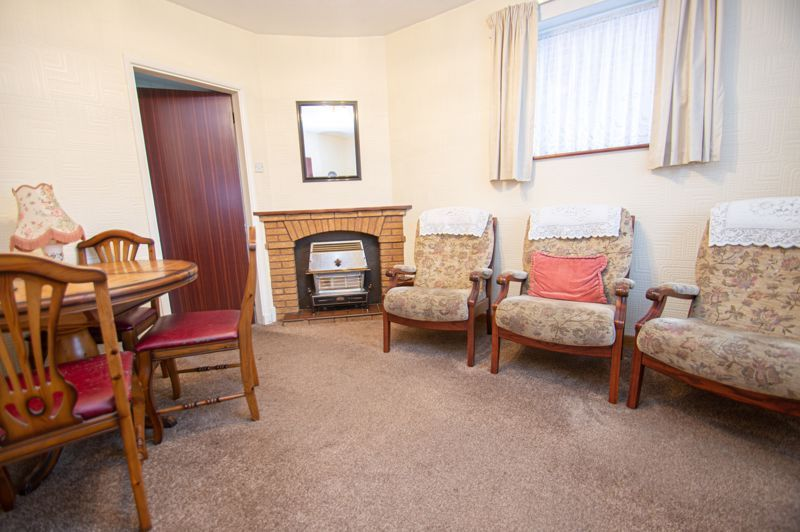 3 bed house for sale in Hanover Road  - Property Image 3