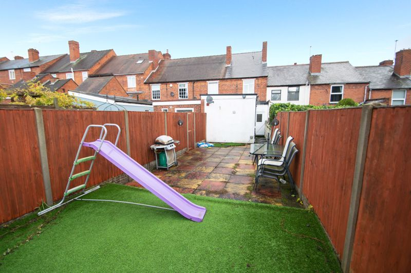2 bed house for sale in Ladysmith Road 11