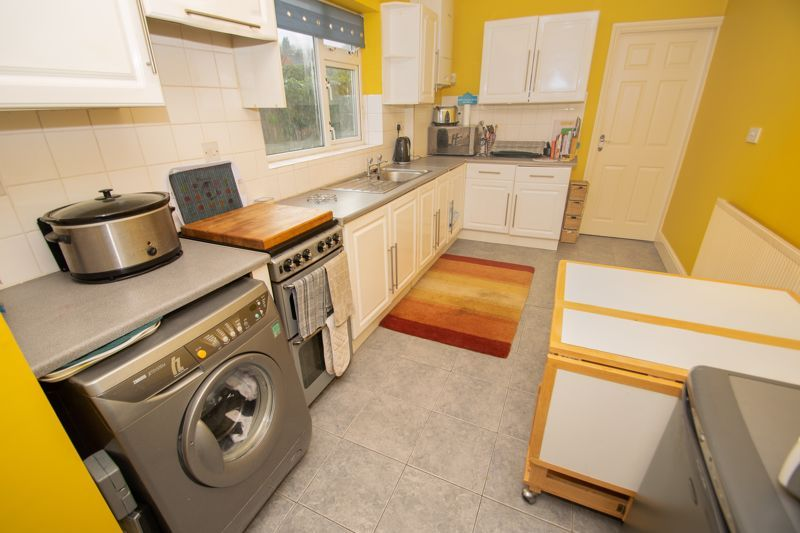 2 bed house for sale in Ladysmith Road 3