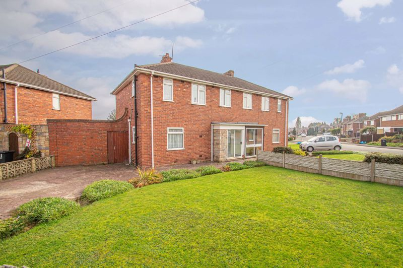 3 bed house for sale in Wall Well Lane 12