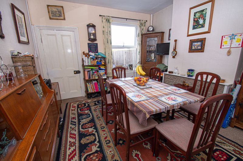 4 bed house for sale in Mount Pleasant 3