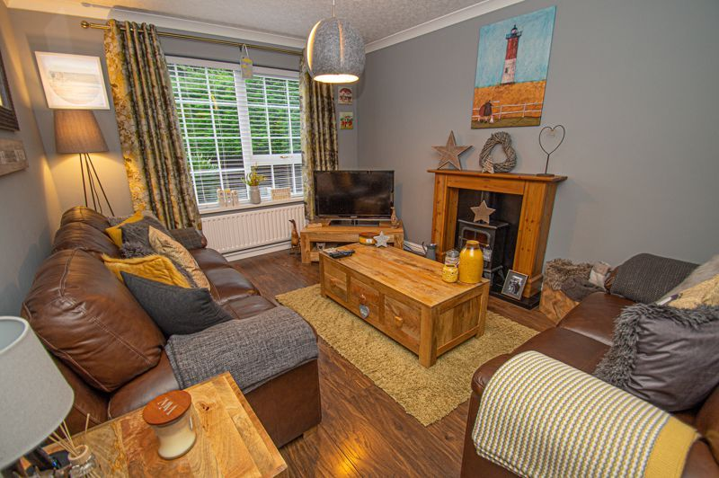 2 bed house for sale in Garway Close 2