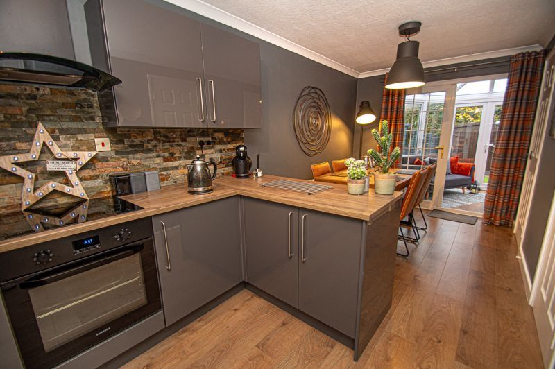 2 bed house for sale in Garway Close  - Property Image 5
