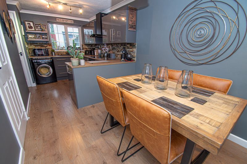 2 bed house for sale in Garway Close 7