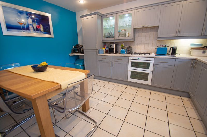 3 bed house for sale in Tromans Close  - Property Image 3