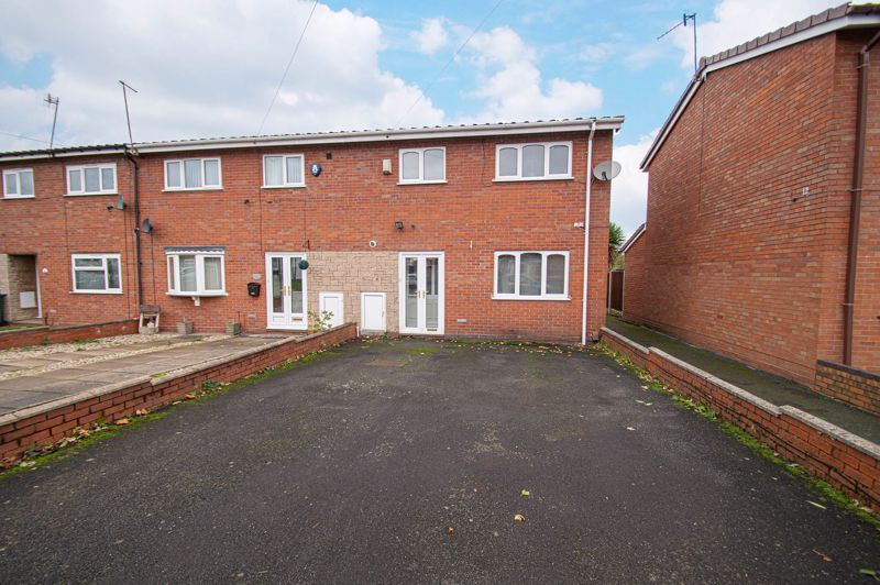 2 bed house for sale in New Pool Road 1