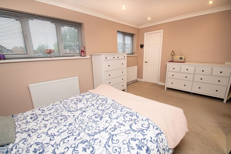 2 bed house for sale in New Pool Road  - Property Image 11