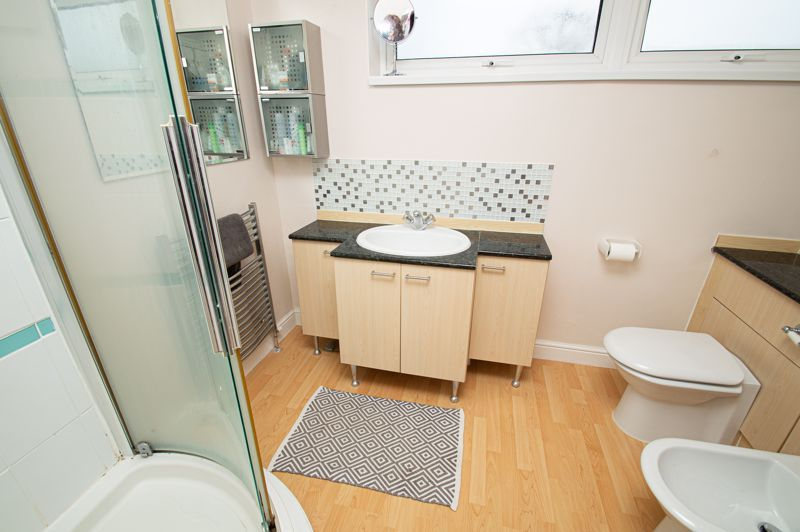 2 bed house for sale in New Pool Road  - Property Image 13