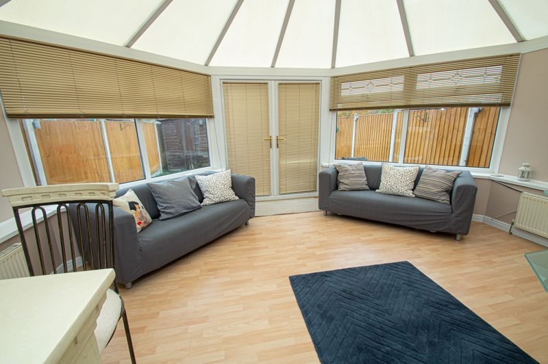 2 bed house for sale in New Pool Road 4