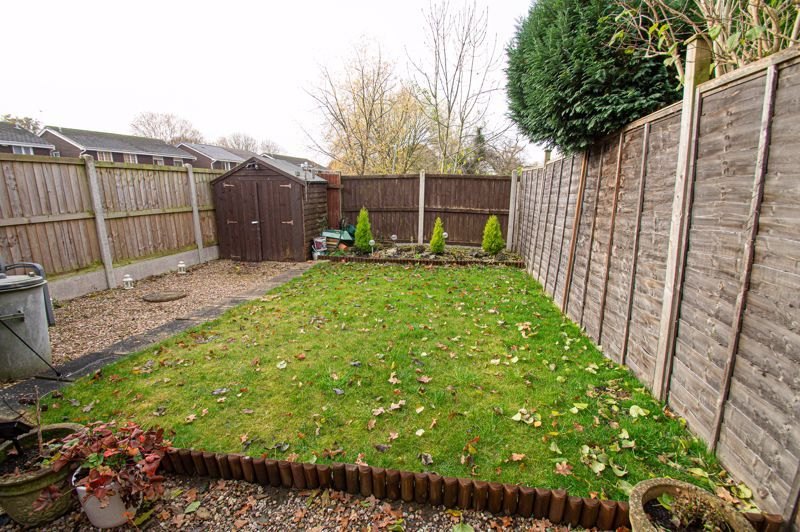 3 bed house for sale in Barrow Close 11