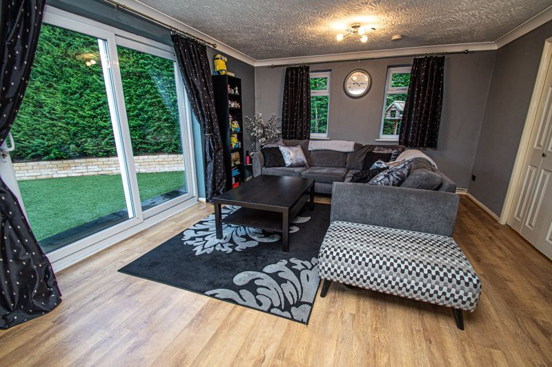 4 bed house for sale in Chesworth Road  - Property Image 2