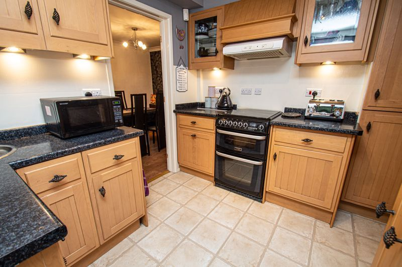 4 bed house for sale in Chesworth Road  - Property Image 14