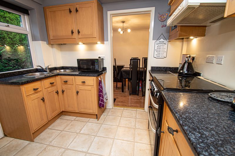4 bed house for sale in Chesworth Road 5