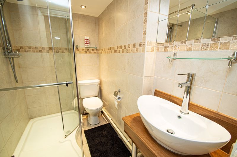 4 bed house for sale in Chesworth Road  - Property Image 6