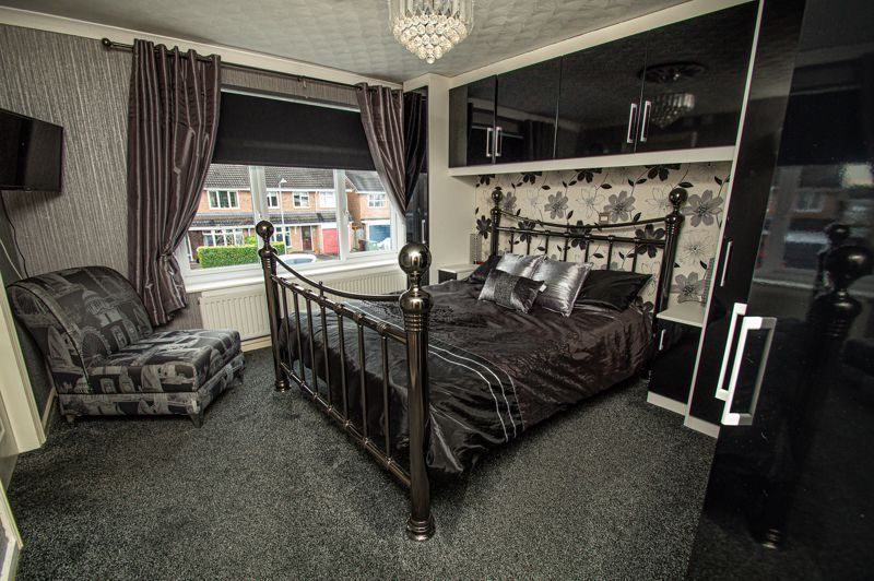 4 bed house for sale in Chesworth Road  - Property Image 7