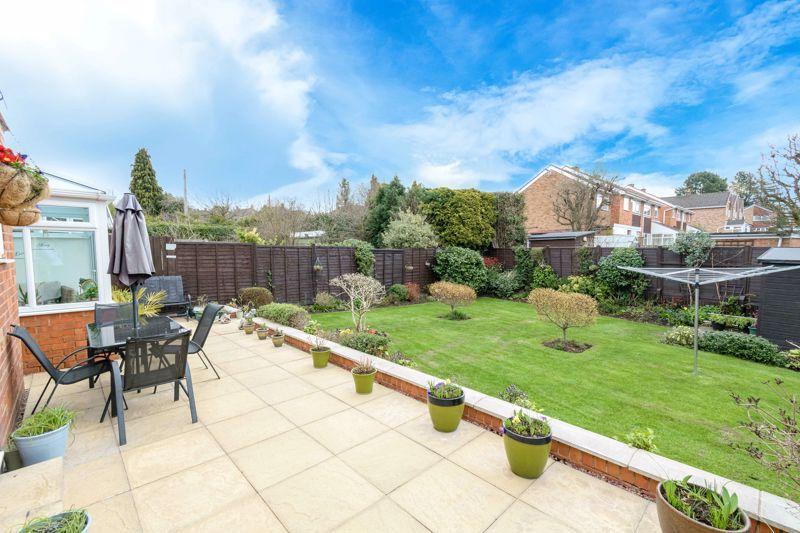 3 bed house for sale in Birmingham Road 13
