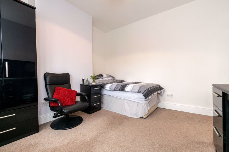 3 bed house for sale in Birmingham Road 16