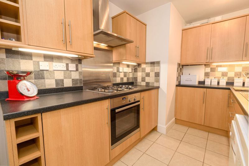 3 bed house for sale in Birmingham Road 5