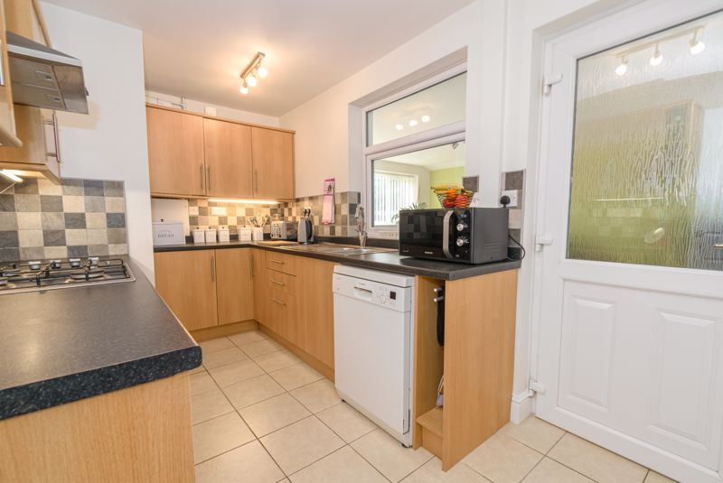 3 bed house for sale in Birmingham Road 6