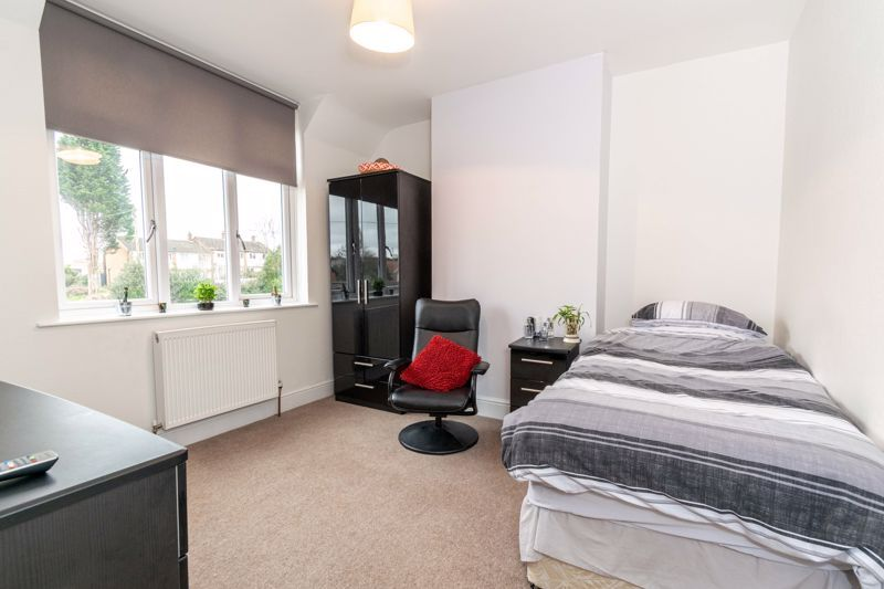 3 bed house for sale in Birmingham Road 10