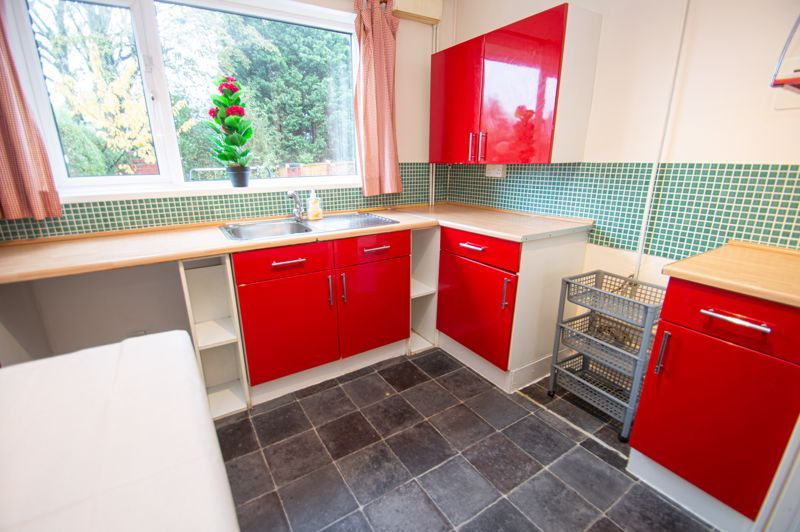 2 bed house for sale in Round Hill Terrace 5