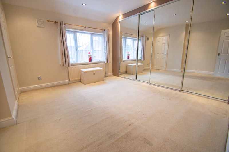 2 bed house for sale in Round Hill Terrace 7