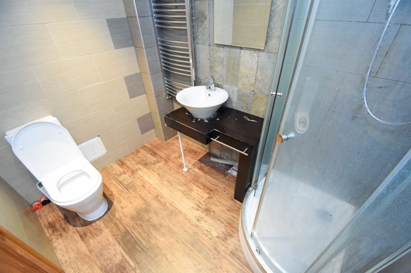 2 bed flat for sale in Leysters Close 6