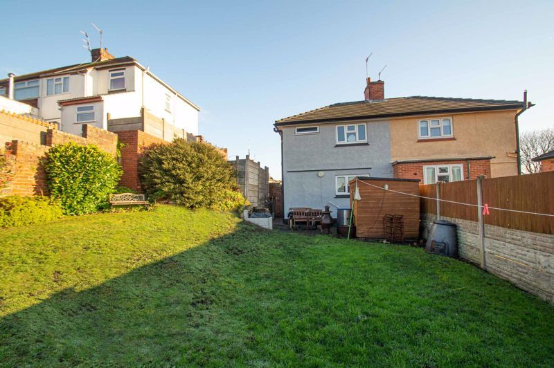 2 bed house for sale in Cradley Road 11
