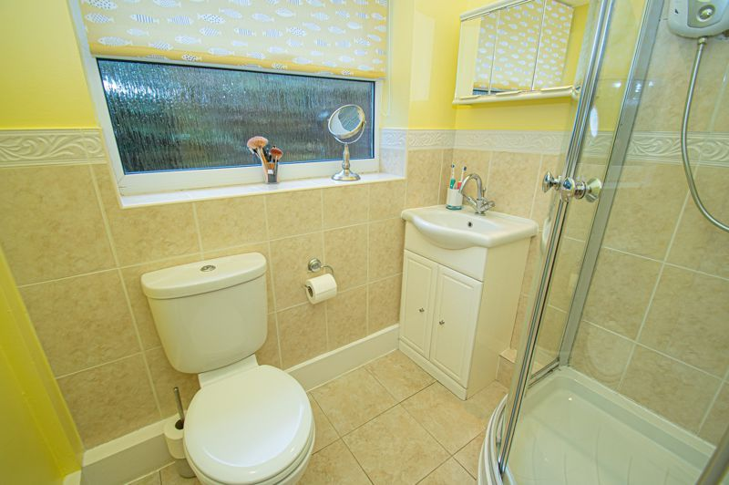 2 bed bungalow for sale in Fernwood Close  - Property Image 10