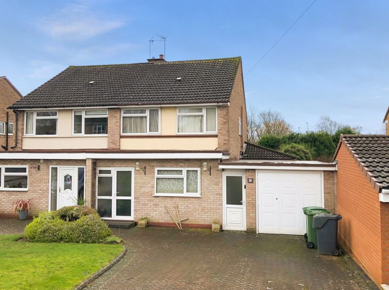 3 bed house for sale in Fordhouse Road 1