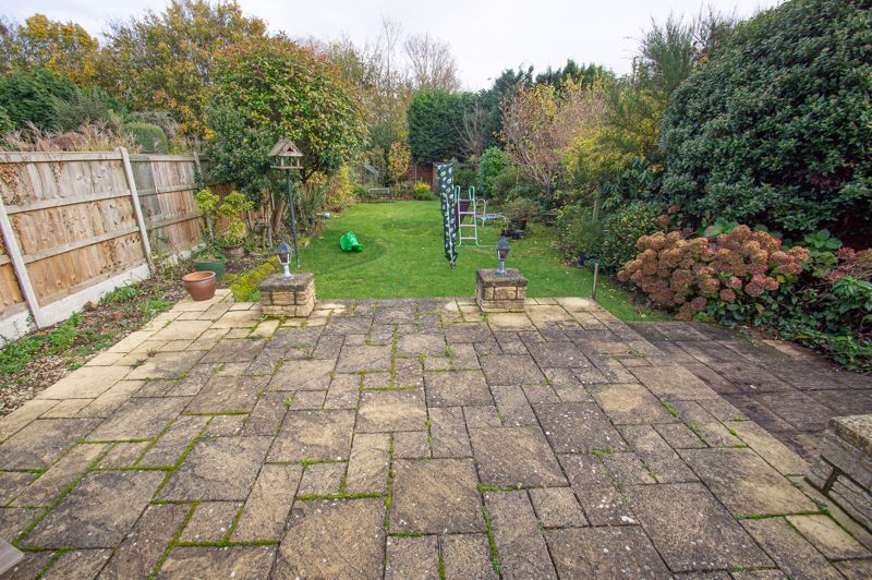 3 bed house for sale in Fordhouse Road 19
