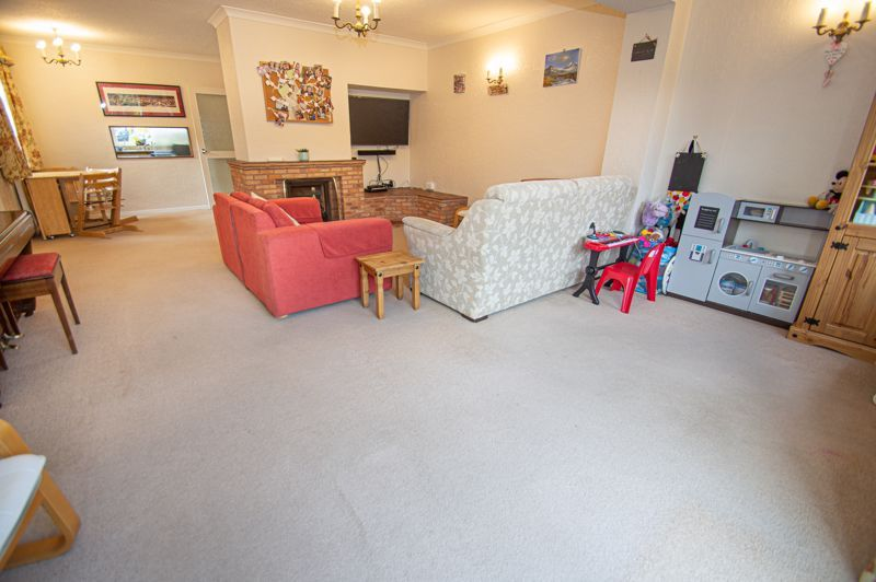 3 bed house for sale in Fordhouse Road 3