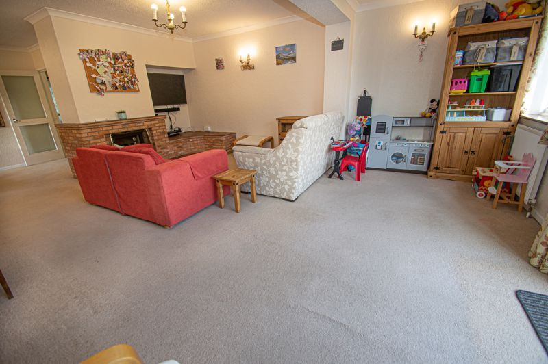 3 bed house for sale in Fordhouse Road 6